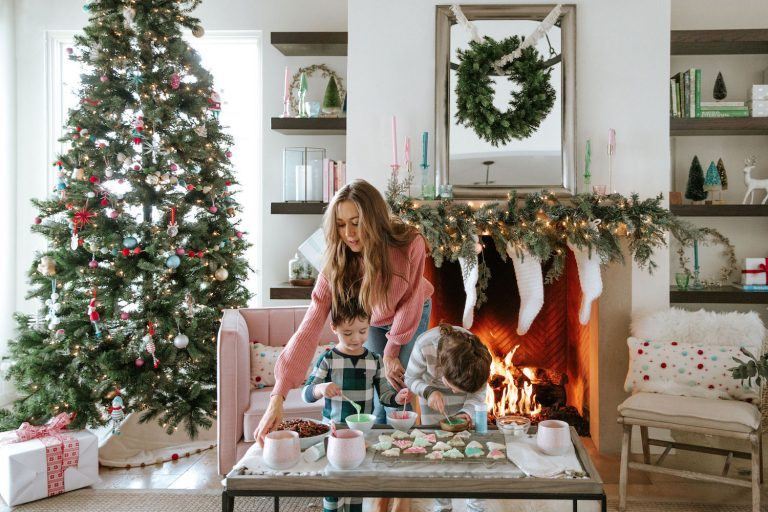 Keep the Magic Alive! 25 Ways to Make Your Kids' Holiday Season the Best Ever